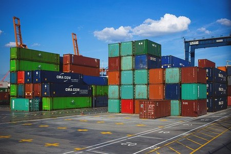 """15 aprile 2021 - Primo webinar del ciclo """"Il miglio mancante"""". Termini di resa delle merci e logistica innovativa per le imprese italiane"""